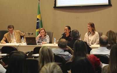 Ministra Dora Maria da Costa debate impactos da reforma trabalhista na jurisprudência do TST
