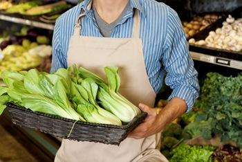 NJ – Supermercado terá que indenizar empregado por revista na frente de colegas e de clientes