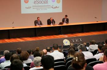 TRT-2 sedia palestra sobre eSocial na administração pública