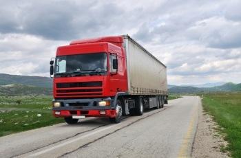 NJ – JT-MG condena empresa a indenizar caminhoneiro vítima de assalto e de sequestro relâmpago